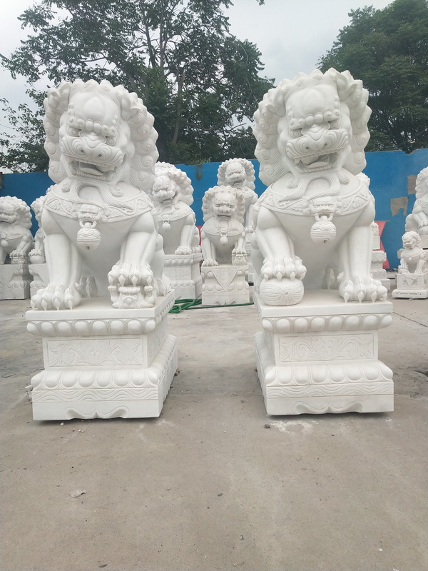 White Foo dog statues 20200103093 height 200cm
