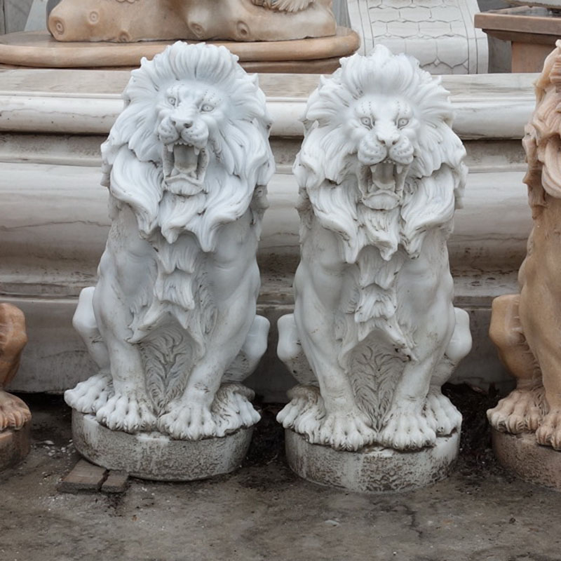 White marble lion IMG_0855 height 60 cm