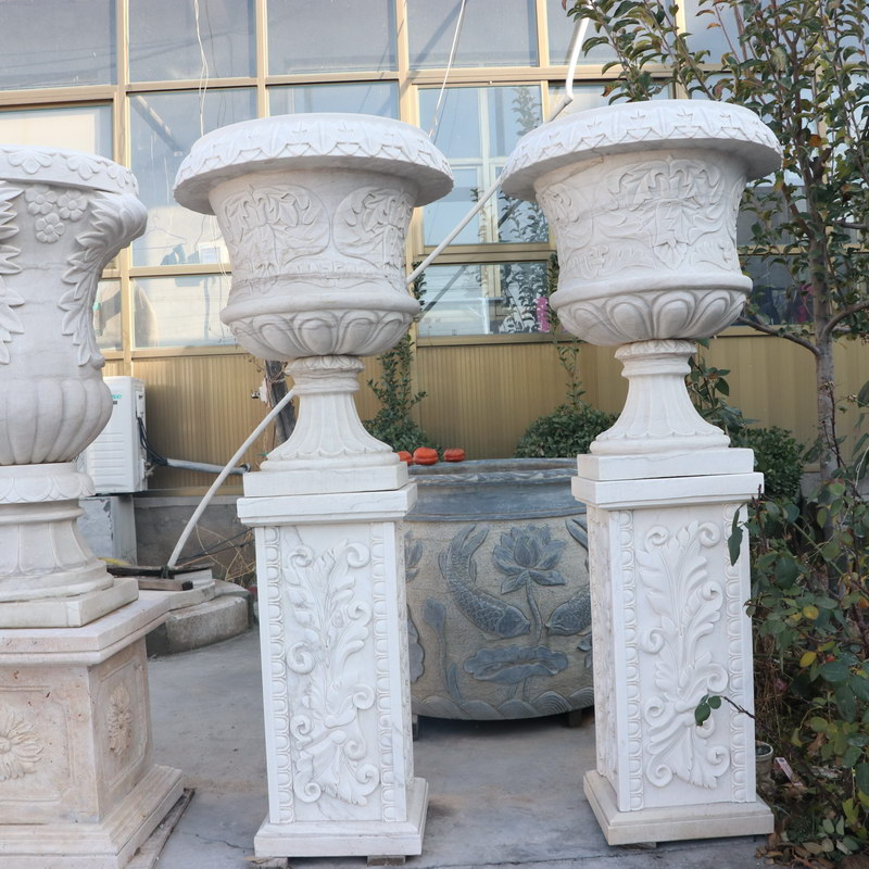 IMG_7300 white marble flowerpot with pedestal height 155 cm